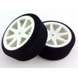 Tyres 1/10 KYO Front 26mm White 30 Sh (1 Pair)